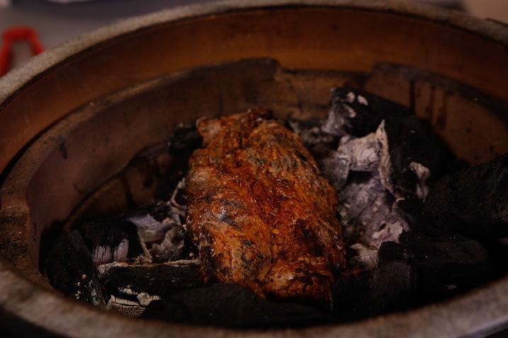 De longhaas op de barbecue